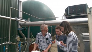 A farmer discusses best practice in Anaerobic Digestion with ADBA staff