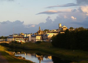 The winding banks of Erne - Ballyshannon, Ireland's oldest town